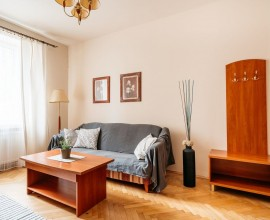 Cracow, Old town - Karmelicka str, 2 bedrooms +livingroom, 3000 PLN +bills